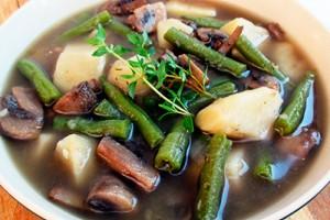 Грибной суп со стручковой  фасолью