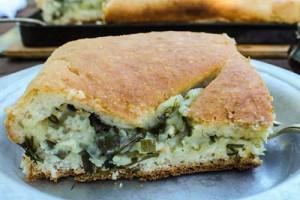 Пирог с картофелем и зеленью